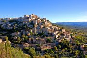 Randonnee tours offers cycling and walking trips in Provence, France