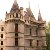 Randonnee Tours offers cycling and hiking tours in France, Loire Valley