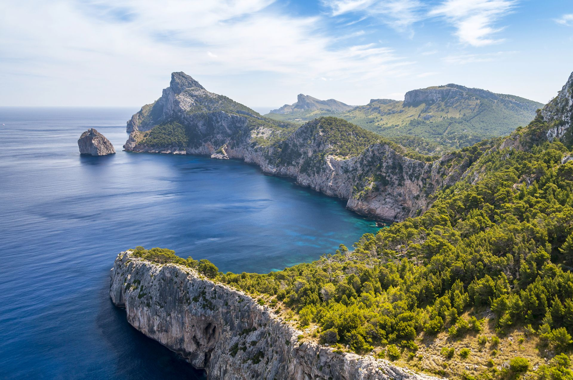 Randonnee Tours offers cycling and hiking tours in Mallorca, Spain