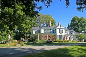 Randonnee tours offers cycling and hiking trips in Quebec