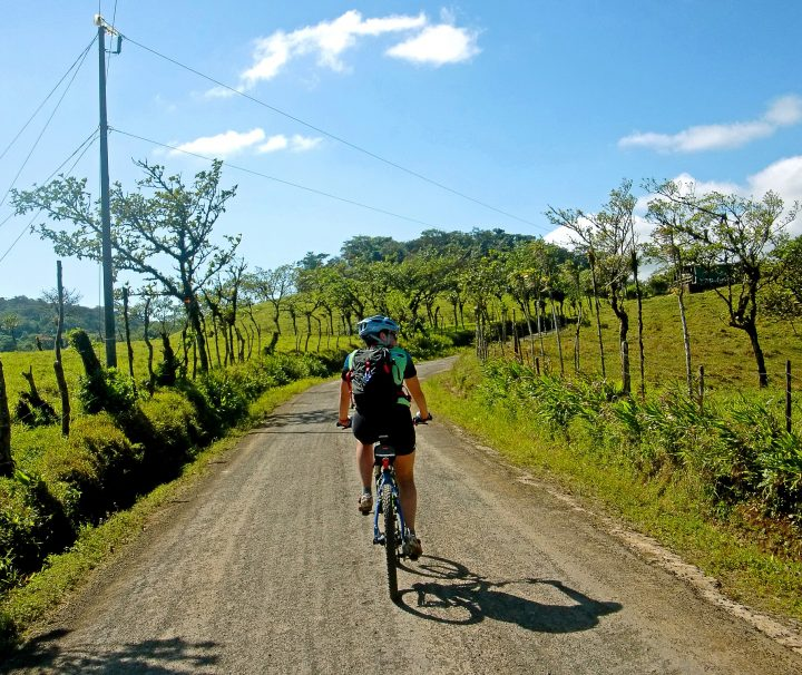 Randonnee tours offers cycling and hiking trips in Costa Rica